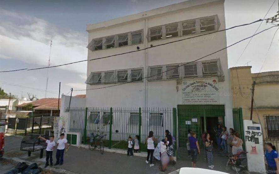 Quilmes: Alumno de 14 años fue apuñalado por otro de 15 a la vuelta de una escuela - La Voz del Pueblo